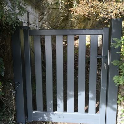 Portillon aluminium à Saint Cast le Guildo