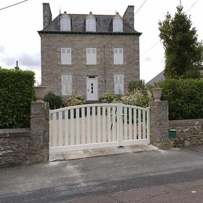 Pose d''un portail en aluminium à Saint-Cast le Guildo