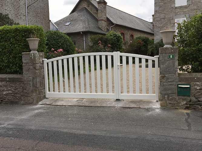 Pose d''un portail en aluminium à Saint-Cast le Guildo img2368