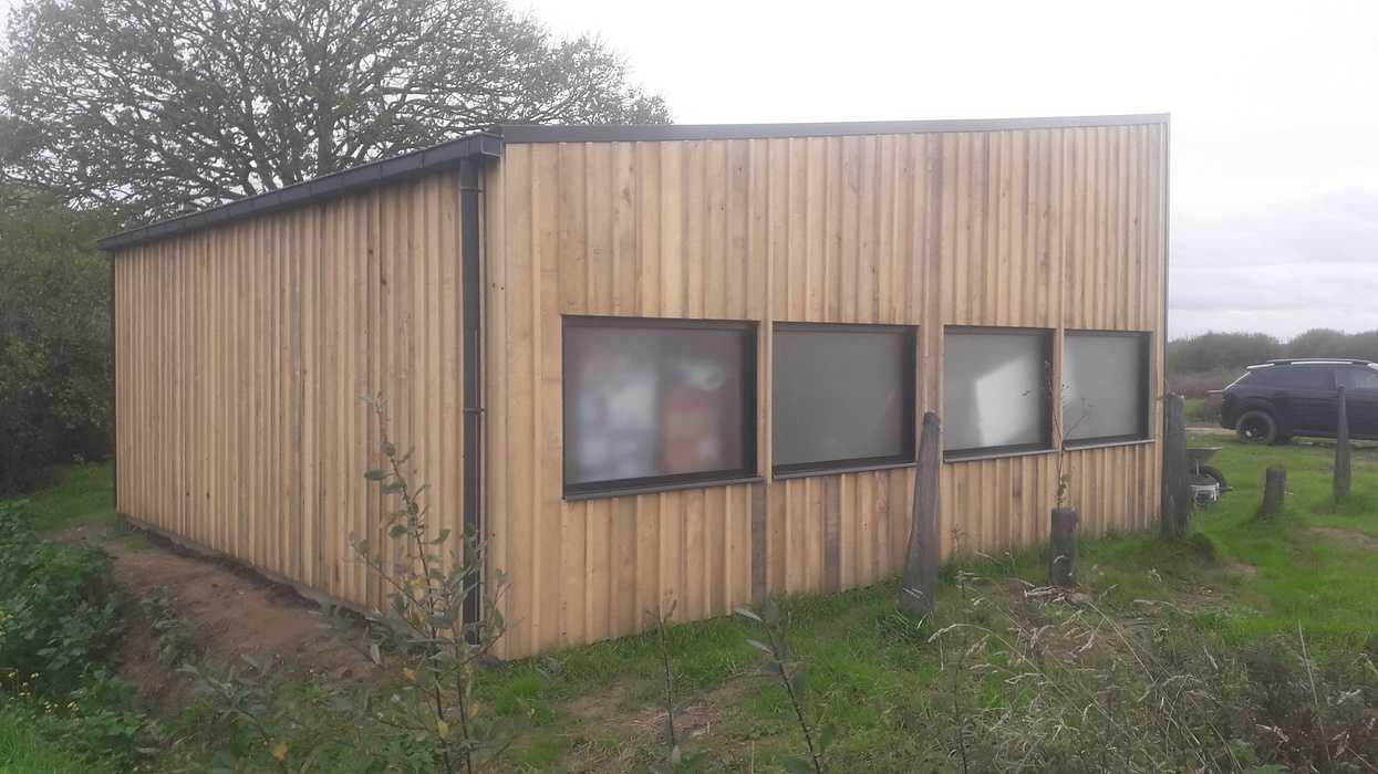 Création d''un garage en ossature bois à Hénanbihen 0