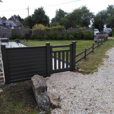 Portillon et clôture aluminium