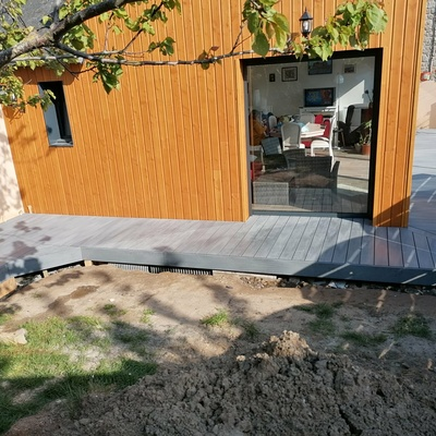 Terrasse en composite à Matignon