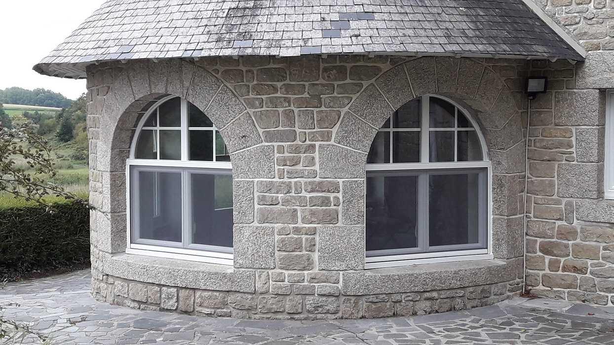 Rénovation Fenêtres cintrées à l''identique - Pleudihen sur Rance 0