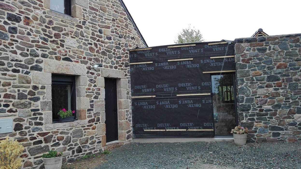 Extension en bois d''une maison d''habitation en pierre - Pléboulle 1432425211060931627907817703247838569091389o
