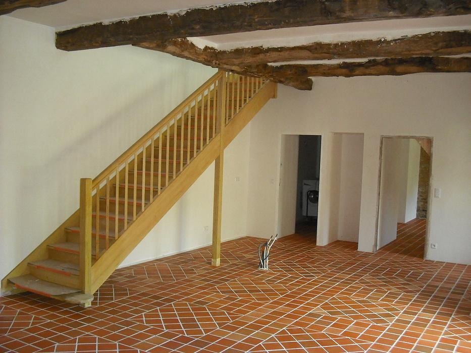 Escalier traditionnel bois exotique 0