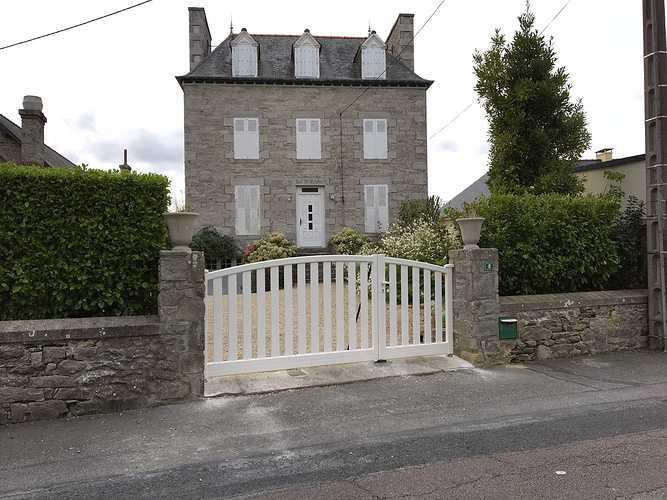 Pose d''un portail en aluminium à Saint-Cast le Guildo img2369