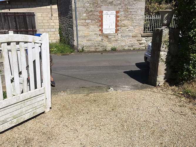 Pose d''un portail en aluminium à Saint-Cast le Guildo desaintmorice-portail1