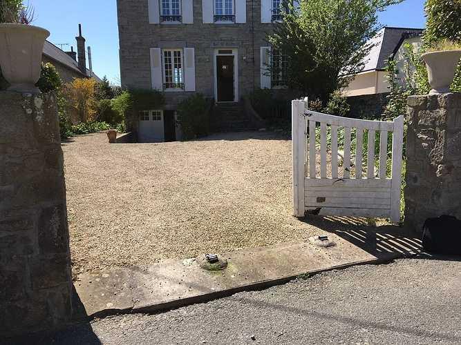Pose d''un portail en aluminium à Saint-Cast le Guildo desaintmorice-portail