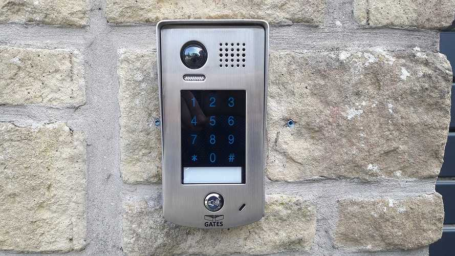Pose d''un portail électrique en aluminium à Fréhel 20190322145709