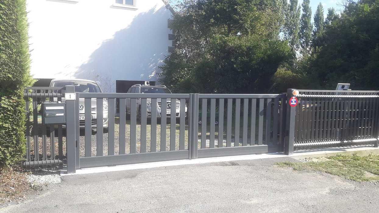 Mise en place d''un portail et d''un coulissant à Saint Denoual 20190903171821
