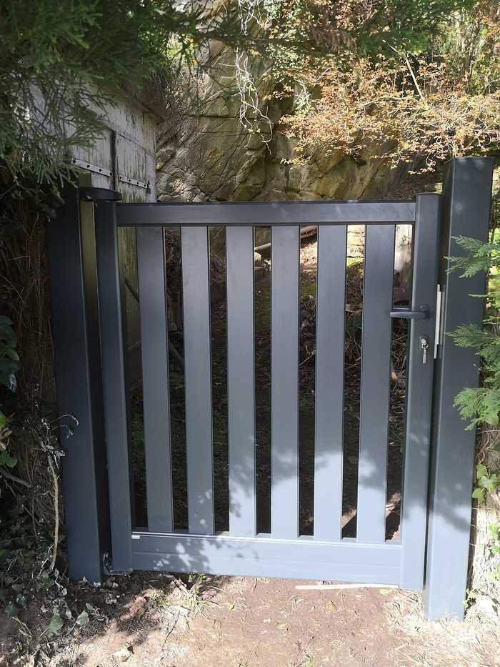 Portillon aluminium à Saint Cast le Guildo 0
