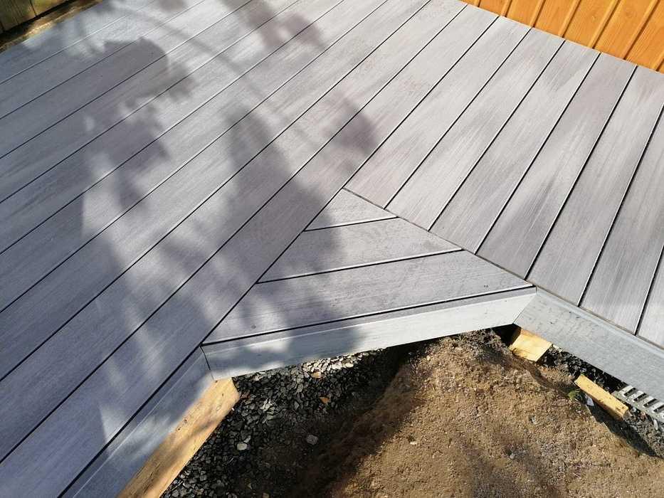 Terrasse en composite à Matignon img202004091733581