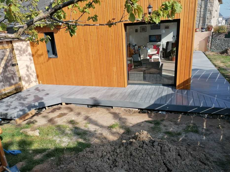 Terrasse en composite à Matignon 0