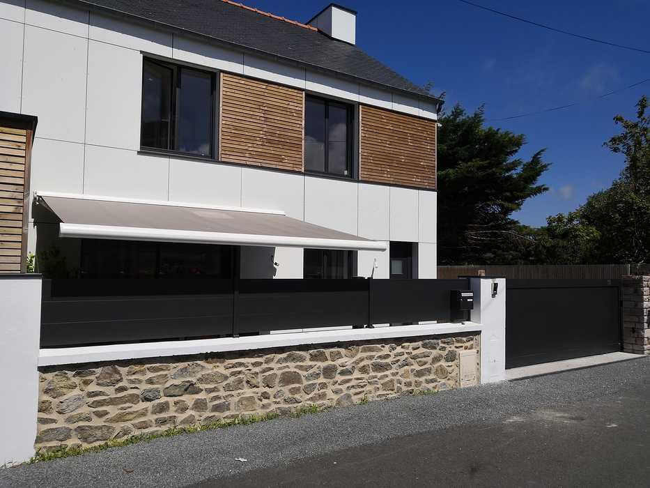 Clôture et portail en aluminium à Pléneuf Val André img20200720153258