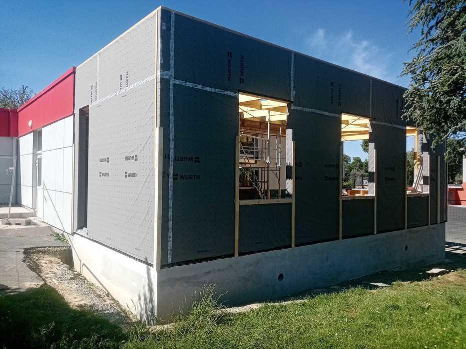 Extension du foyer et du restaurant scolaire à Lamballe img20200514111623