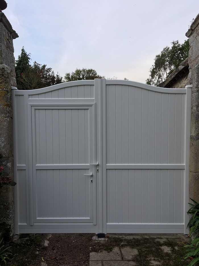 Pose d''un portail aluminium à Plévenon 0